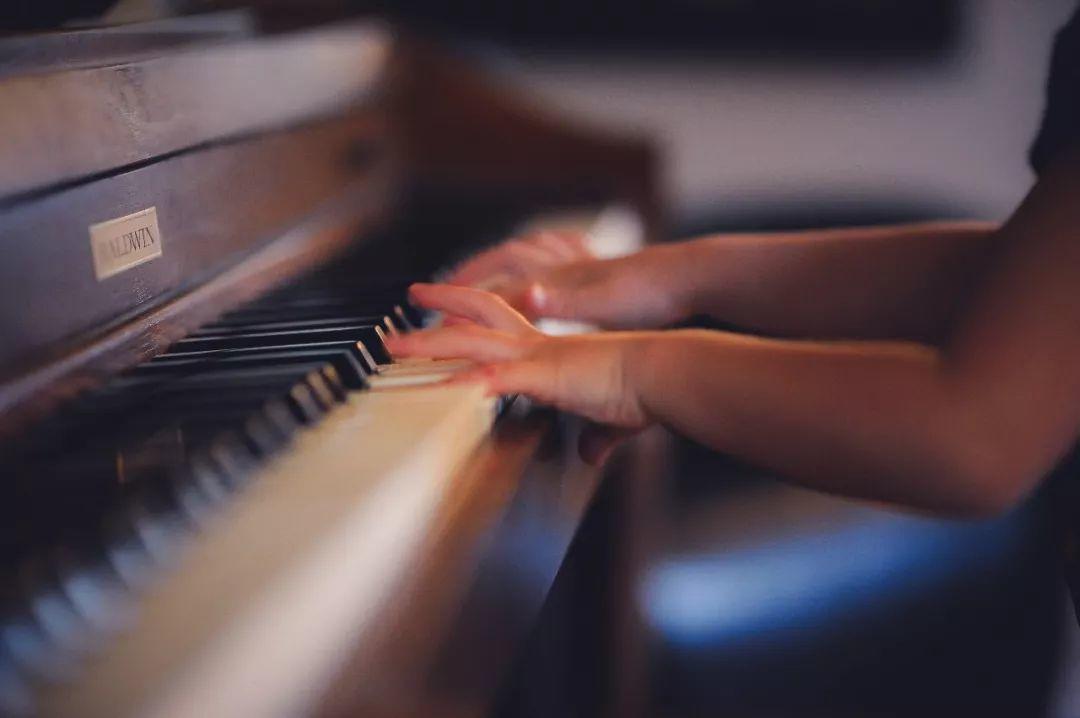 从业20年的钢琴老师总结了八句话,只希望学生能学到真本事!