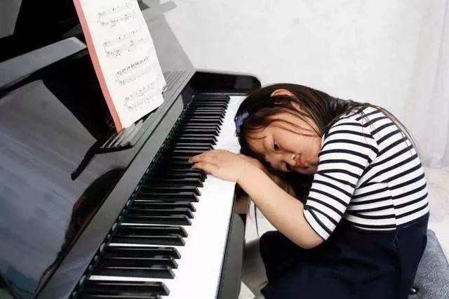 """4个""""为什么""""帮助家长摆脱关于孩子学琴的种种顾虑?"""