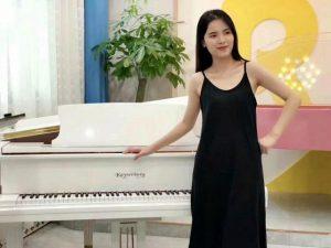 家长该如何给孩子选择一个好的钢琴老师?
